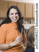 weiblich, hairstylist, in, salon