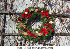 Pointsetta Wreath
