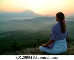 sun rising meditatio