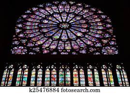 Figures Dans Fenêtre Rose Dame Paris Cathédrale Ouest Façade Ile