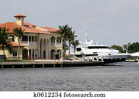 Mansion and Yacht