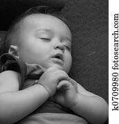 banque d 39 image r ver b b k6697235 recherchez des photos des images des photographies et. Black Bedroom Furniture Sets. Home Design Ideas