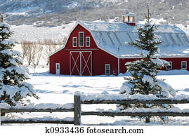 Country barn in the snow