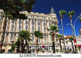 Croisette promenade in Cannes