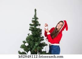 Weihnachtsbilder Zum Kopieren.Mann Frau Hängender Verzierungen Weihnachtsbilder Baum Bilder 82