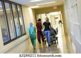 hetzen, a, patient, to, dass, unfallstation, für, chirurgie