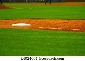 first base line on a baseball field