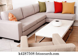 Merveilleux Sofa Set With Colored Cushions
