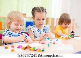 kinder, gesellschaft, machen, künste handwerke, in, tag sorge, zentrum