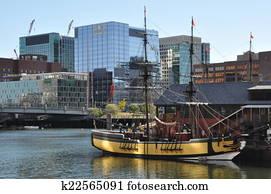 The Boston Tea Party Museum