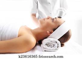 Ultrasound beauty treatment