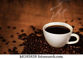 kaffeetasse, auf, geroestete, kaffeebohnen