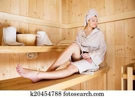 Bellucci nude pics picture 9