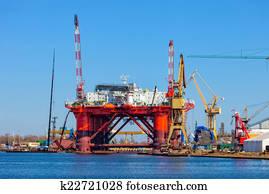Oil Rig in the shipyard