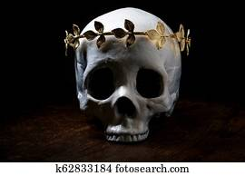 King Queen Skull Crown