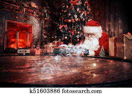 Weihnachtsbilder Kamin.Bengal Cat Under Christmas Tree Stock Image K8070050 Fotosearch