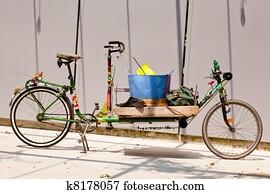 写真素材・動画素材・イラスト素材自転車 バスケット イラストレーション
