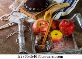 Honey, apple and pomegranate traditional holiday Yom Kippur and Rosh Hashanah jewish holiday