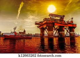Towing Oil Rig