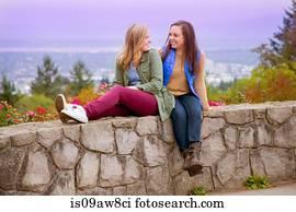 xxgifs lesbian face sitting