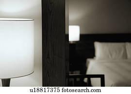 boden spiegel stock photo bilder boden spiegel lizenzfreie bilder und fotos von ber 100. Black Bedroom Furniture Sets. Home Design Ideas