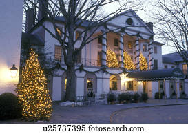 inn christmas lodging colonial williamsburg virginia va williamsburg christmas