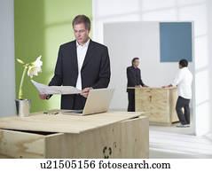 symbool van nieuw idee stock foto beelden symbool van nieuw idee afbeeldingen en. Black Bedroom Furniture Sets. Home Design Ideas
